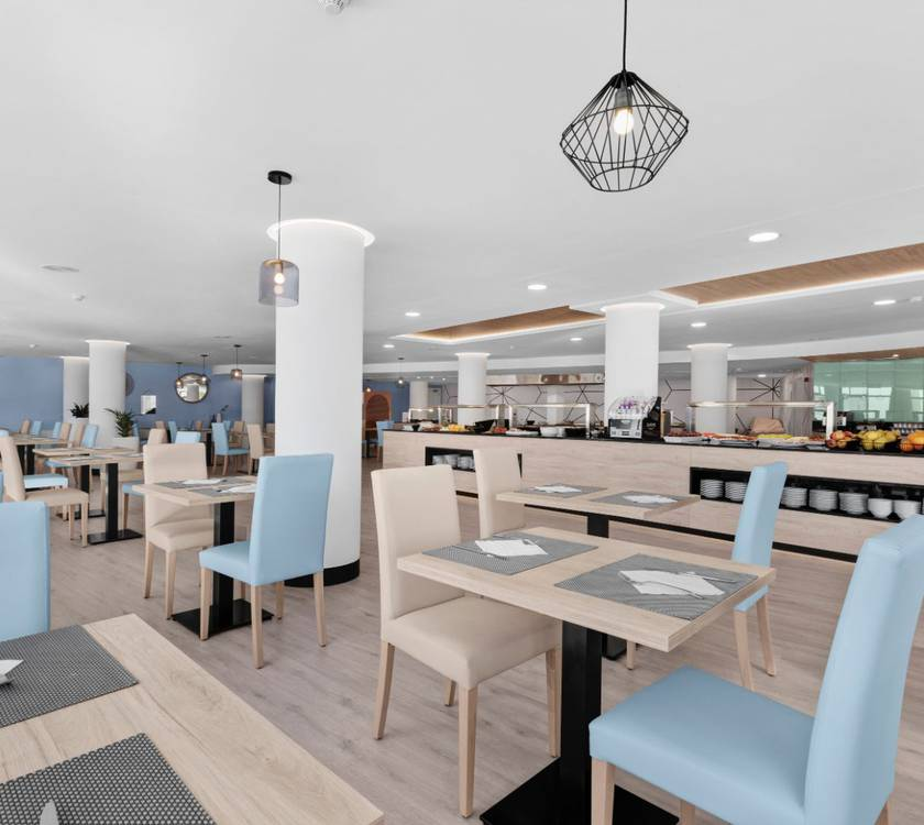 Buffet restaurant palmanova suites by trh hotel magaluf